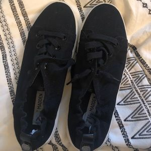 Steve Madden black shoes